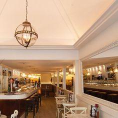 Lámpara colgante para la cafetería Regin de Tarragona. www.dajor.es