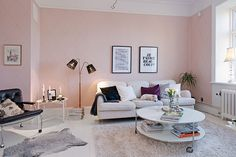 my scandinavian home: Gothenburg apartment with a touch of modern-romantic wallpaper Apartment Living, Home Living Room, Pink Living Room, Room Design, Home Decor, House Interior, Apartment Decor, Pastel Living Room, Pink Walls