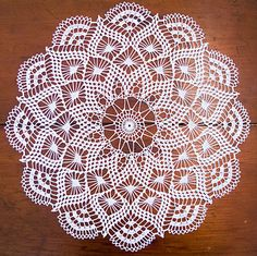 Ravelry: Pretty Baby Doily pattern by Elizabeth Hiddleson si trova a pagamento Free Crochet Doily Patterns, Crochet Motif, Crochet Designs, Knitting Patterns, Crochet Coaster, Crochet Art, Thread Crochet, Filet Crochet, Crochet Stitches