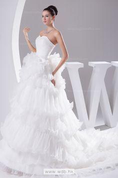 Luxury princess sweetheart neckline ruffled organza wedding dress