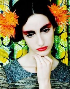 Frida Kahlo inspired look with red lips