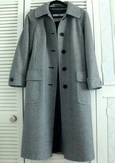 Dogtooth Aquascutum wool coat - £12.00. And yes, you read that correctly. In as new condition, a beautiful Aquascutum coat for so little.