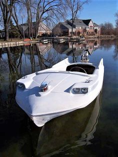Beautiful Boat With Fins Old Boats, Small Boats, Jet Ski, Yatch Boat, Glass Boat, Boat Insurance, Boat Design, Yacht Design, Vintage Boats