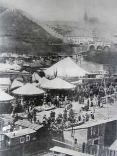 před újezdskou branou, 70.(?) léta 19. stol.; filipojakubská pouť