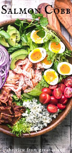 Salmon Cobb Salad ~ a twist on a classic main course salad that proves that  salad can complete with tacos or pizza any night of the week! #easy #fish #healthy #recipe #dinner #maincoursesalad #bacon #dressing #healthy #classic #salmon #traditional #brownderby #meatless #seafood Seafood Recipes, Beef Recipes, Cooking Recipes, Cleaning Recipes, Cheap Recipes, Drink Recipes, Cobb Salad Dressing, Bacon Dressing, Caesar Salad