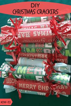 DIY Christmas Crackers to make with left over gift wrapping paper. #recycle #christmascrackers #teachmemommydotcom Christmas Jokes For Kids, Christmas Activities For Kids, Preschool Christmas, Christmas Themes, Christmas Fun, Christmas Ornament, Ornaments, Diy Christmas Crackers, Christmas Wrapping