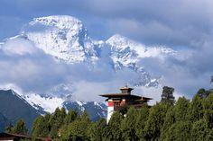 Bhutan  - Mit Lotus Travel Service zu einem der letzten Geheimnisse dieser Erde reisen http://www.reisegezwitscher.de/reisetipps-footer/1949-bhutan
