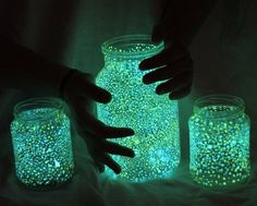 SUPERGLOW glow in the dark pigment powder - Up to 8 hours loom! Fairy Glow Jars, Cool Forts, You Never Know, Never Forget, Decorated Jars, Jars Decor, Kitchen Hacks, Lava Lamp, Imagination