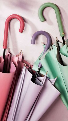 Burberry Umbrellas 2014 #pastel @}-,-;— -- happy happy, joy joy! Pastels ... Behlor