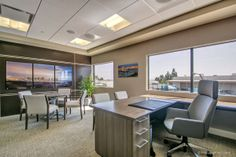 SDOD #SanDiegoOfficeDesign #SDOfficeDesign #gorgeousOffice #OfficeDesigner #interiorDesign #TamaraRomeo #BrandedDesign #bestofficedesign #office #commercial
