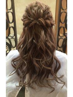 なみなみツイストハーフアップ/tip・top 大泉学園店をご紹介。2016年夏の最新ヘアスタイルを100万点以上掲載!ミディアム、ショート、ボブなど豊富な条件でヘアスタイル・髪型・アレンジをチェック。
