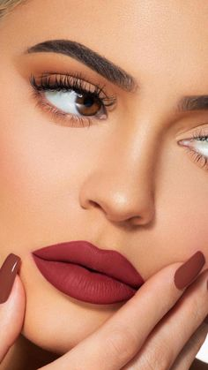 Kardashian style – My hair and beauty Maquillage Kylie Jenner, Mode Kylie Jenner, Kylie Jenner Makeup, Evening Makeup, Gothic Makeup, Airbrush Makeup, Celebrity Makeup, Fake Eyelashes, Kendall And Kylie
