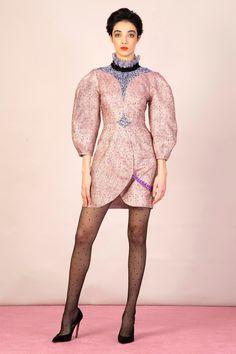 Emilio de la Morena Fall 2020 Ready-to-Wear Collection - Vogue Fashion Show, Fashion Looks, Fashion Design, Fashion Trends, Women's Fashion, Vogue Paris, Bride Silhouette, Emilio, Models