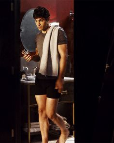 Animated gif about Hot in Matt Daddario/Alec Lightwood ♥♥ by Lexi Night :3