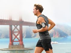 These workout and fitness apps offer expert guidance without the high price tag of a personal trainer, for every exercise goal. Hiit, Cardio, Squat, Fitness Tracker, Fitness Goals, Ayurveda, Yoga, Ser Fitness, Fitness Sport