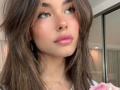 Uploaded by 𝓀𝒶𝓇𝑒𝓃. Find images and videos about girl, icons and madison beer on We Heart It - the app to get lost in what you love. Estilo Madison Beer, Madison Beer Style, Madison Beer Outfits, Beauty Makeup, Hair Makeup, Hair Beauty, Madison Beer Makeup, Madison Beer Hair, Maddison Beer
