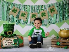 fun st patricks day activities for kids pot of gol Photography Mini Sessions, Home Studio Photography, Holiday Photography, Children Photography, Photography Studios, Photography Marketing, Photography Backdrops, Photography Ideas, St Patricks Day Pictures