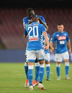 Piotr Zielinski Photos Photos - SSC Napoli v AC Milan - Serie A - Zimbio Ac 723388f05473