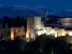 Dale limosna mujer, que no hay en la vida nada, como la pena de ser, ciego en Granada.     Granada <3