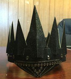 Evil Queen Crown  Supplies: hot glue gun, glitter paper (card stock paper)…