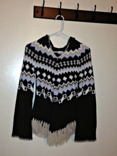 Beautiful Native American Style Sweater on Etsy $65.00 Native American Fashion, Fashion Beauty, Trending Outfits, Blouse, Sweaters, Clothes, Beautiful, Vintage, Etsy