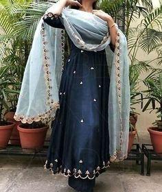 Punjabi suits , punjabi-anzüge , costumes punjabi , trajes p… Pakistani Dress Design, Pakistani Outfits, Indian Outfits, Indian Wedding Outfits, Indian Weddings, Pakistani Designers, Punjabi Suits Designer Boutique, Indian Designer Suits, Dress Indian Style