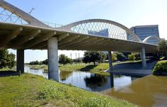 As earthquakes shake North Texas, bridge inspectors check for damage
