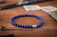 Größe der Perlen: 4mm Ein sehr stilvolles Armband was Sie mit Ihren Accessoires und Uhren kombinieren können zu jeder Zeit. Dieses Armband ist handgefertigt und wird in einem speziellen natürlichen Beutel und Box, bereit für gegeben als Geschenk verpackt werden. Ich verwende nur sorgfältig ausgewählte Edelsteine. Alle Edelsteine sind einzigartig also bitte rechnen Sie mit einigen Variationen der Steine. Alle von ihnen sind natürlich schön. Für die Armbänder verwende ich eine dehnbare el...