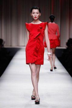 top-5-resort-2014-little-red-dresses-passion-runs-world-4