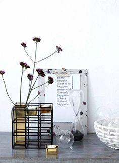 Este florero y porta vela es uno de nuestros productos favoritos de la nueva colección de #hosuedoctor esa primavera/verano 2014 #estilonordico