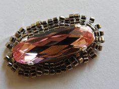 Tutorial:      http://krisztigyongy.blogspot.com/2012/05/rose-gyuru-minta.html   Készítette:   Kriszta     (Itt a további bejegyzés...