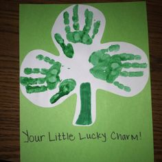A cute hand-print memory gift for parents to hang up around St Patricks day (or anytime I you want).