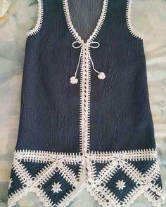 Fabulous Crochet a Little Black Crochet Dress Ideas. Georgeous Crochet a Little Black Crochet Dress Ideas. Gilet Crochet, Crochet Fabric, Crochet Jacket, Crochet Blouse, Love Crochet, Crochet Baby, Knit Crochet, Crochet Vests, Crochet Clothes