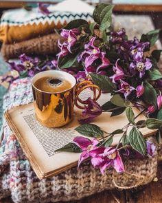 Breakfast Tea, High Tea, Moscow Mule Mugs, Happy Sunday, Hot Chocolate, Cute Pictures, Tea Cups, Tableware, Instagram
