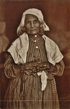 Santa Monica was originally inhabited by Tongva people, a tribe of Native Americans and was originally called Keecheek in their language. http://en.wikipedia.org/wiki/Tongva_people