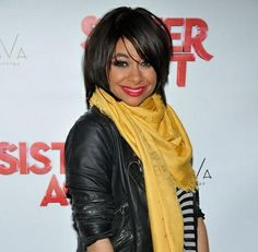 Raven Symone knows layered hair is a great way to add volume & body to your hair.  http://iSalons.Biz