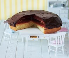 20cm giant jaffa cake with dark chocolate ganache, orange jelly and marmalade