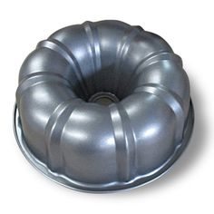 Diamond Home Red & Silver Bunt Pan Bundt Cake Pan, Jello Molds, See On Tv, Bakeware, Brown And Grey, Bean Bag Chair, Diamond, Red, Cookware