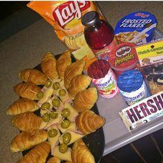 Desayunos personalizados Food Photography Styling, School Lunch, Felicia, Catering, Healthy Snacks, Decoupage, Breakfast, Recipes, Handmade