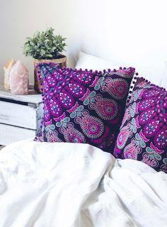 https://marketplace.bohemiandiesel.com/product/mahali-medallion-cushion-cover/