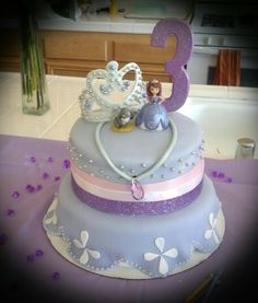 Princess Sophia Birthday Cake :) Thinking this would be perfect for the Micah Mouse. Bday Girl, Birthday Cake Girls, 4th Birthday Parties, Birthday Ideas, 3rd Birthday, Princess Sophia Cake, Princess Sofia Birthday, Celebration Cakes, Birthday Celebration
