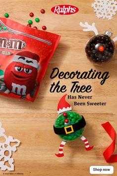 Christmas Wood, Christmas Crafts For Kids, Christmas Cookies, Christmas Time, Christmas Bulbs, Christmas Gifts, Christmas Decorations, Christmas Ideas, Merry Christmas