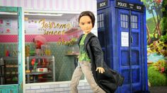 My Froggy Stuff: Time Travel, Anyone? How to Make a Doll Police Box...