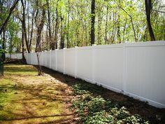 white V300 vinyl yard enclosure