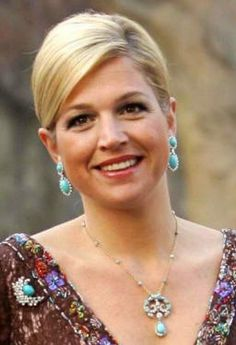 Maxima in a lovely set of turquoise jewellery