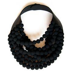 Rossana Fani + un tuto de tshirt http://morningbymorningproductions.blogspot.fr/2012/01/batwing-top-tutorial.html