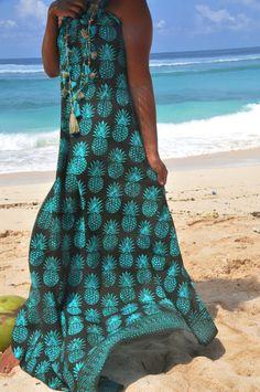 628881f40ea45 Beach sarongs/Beach towel/summer Scarf/Tassels pareos/Beach cover up/beach  wraps/Bohemian beach sarong/Beach wear * PINEAPPLE BEACH SARONG