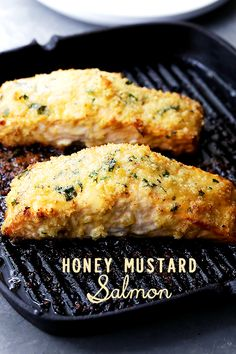 Honey Mustard Salmon Recipe - Flavorful and juicy salmon fillets brushed with tasty honey mustard and coated with a deliciously crunchy crumb topping.