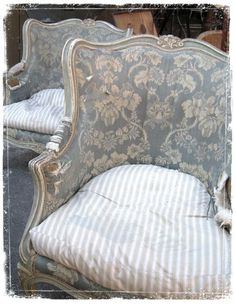 Faded blue toile backs and looks like, ticking pillow seats. Faded blue toile backs and looks like, ticking pillow seats. French Decor, French Country Decorating, French Furniture, Shabby Chic Furniture, Furniture Dolly, Furniture Market, Plywood Furniture, Modern Furniture, Furniture Design