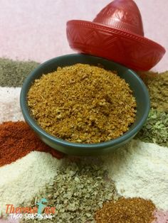 If your family enjoy a taco or two then why not try these great Thermomix Taco Seasoning Recipes from ThermoFun! Guaranteed to make your family want Taco something everynight :D Taco Pie, Make Taco Seasoning, Seasoning Recipe, Spice Blends, Spice Mixes, Tacos, Mexican Food Recipes, Dog Food Recipes, Chef Recipes